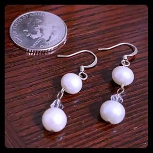 NWT Fresh water pearl drop earrings